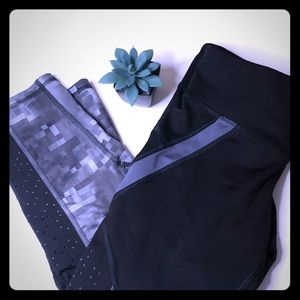 Champion thick stretchy workout leggings size Sm.